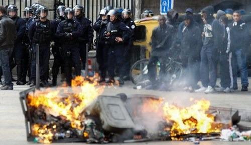 Frankreich Unruhen Aktuell