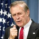 Dass sich die Amerikanische Führung auch um die Medien sorgt wird dadurch veranschaulicht, dass Donald Rumsfeld sich über die Medienberichterstattung ... - rumsfeld